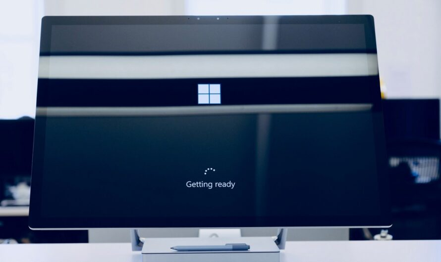 Operační systém je nedílnou součástí počítače